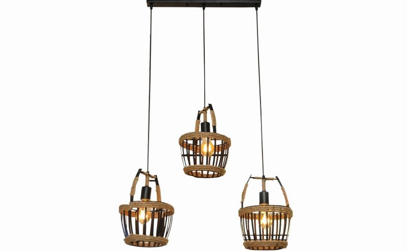 Lámpara de techo colgante de metal en acabado negro, con tres puntos de luz con 3 casquillos E27